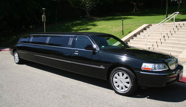 Rent A Lincoln Town Limo In Miami Fl Eliteluxuryrentals